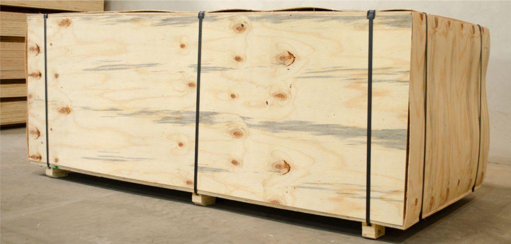 plywood-embalado-com-lamina-do-pinus-mercado-externo-vale-norte